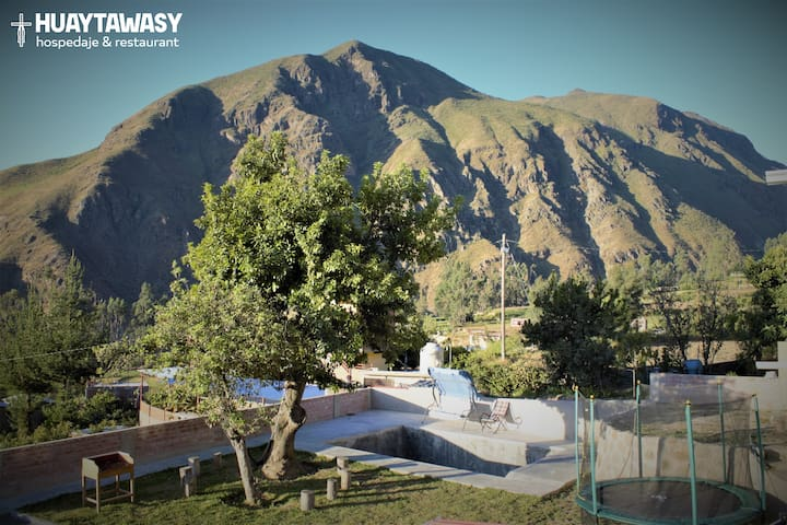 HuaytaWasy les da la bienvenida para que pueda conocer la ciudad de Huaytará,capital arqueológica de Huancavelica.