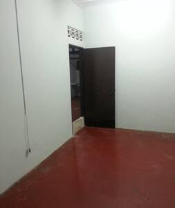 Budget Room For Rent In Kuantan, Pahang, Malaysia - Kuantan