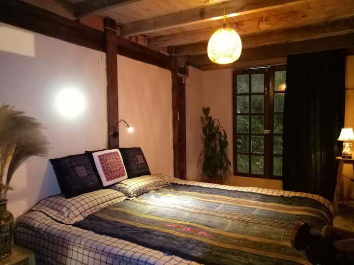 Cozy place-Private room 101-in the heart of Ta van