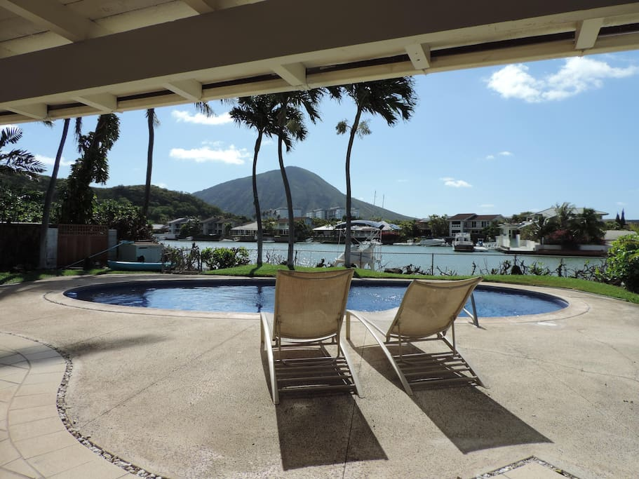 Relax In Paradise With Marina and Koko Head Crater Views
