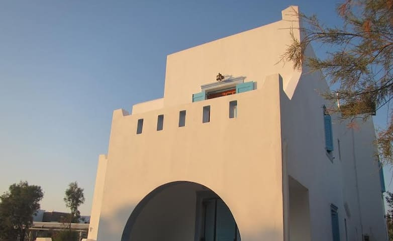 30m to the beach apartment - Naxos - Hus