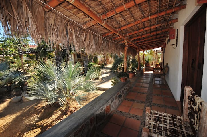 Beautiful Space in Todos Santos - Queen Room - Baja California Sur - Oda + Kahvaltı