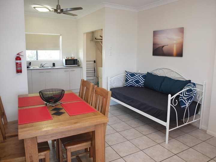 (B5) FREE WIFI - Family and Pet Friendly
