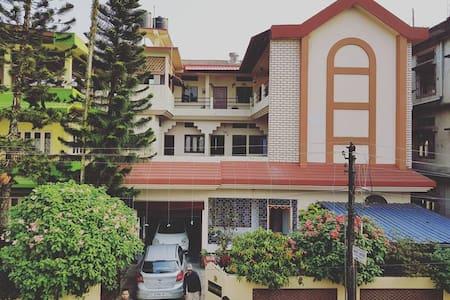 Bhaskar Homestay - Room No 3 with AC