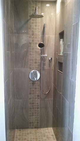 private bathroom w/ double head shower