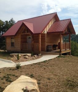 """Antlers Lodge"" Private Cabin - Branson - Sommerhus/hytte"