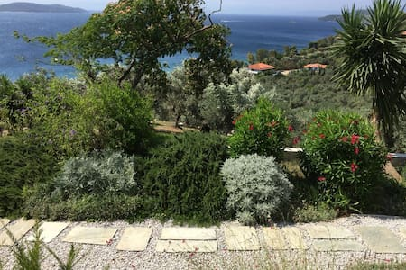 Villa Orion -  Space for 2 with Beautiful Seaview