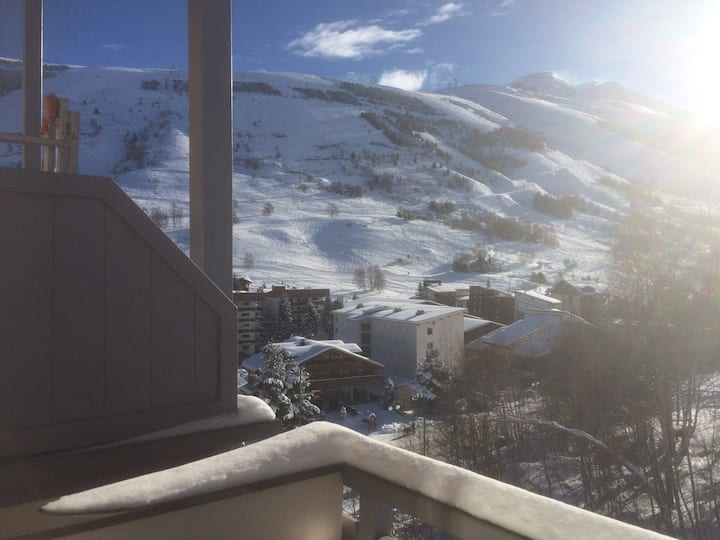 2 Alpes bel appart. 6 pers Pied pistes Balcon sud
