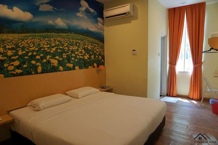 Tropical Villa Homestay - Standard Double Room