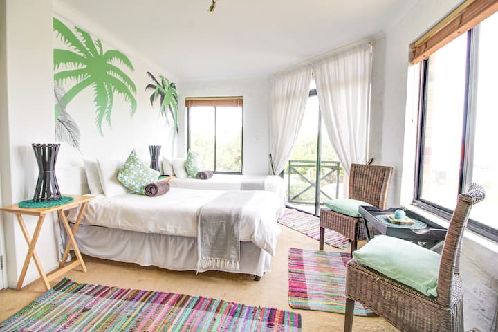 The Crash Pad - Month to Month rental