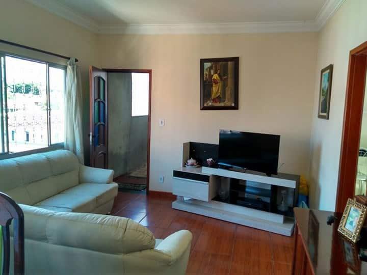 Apartamento inteiro no  centro de São Lourenço