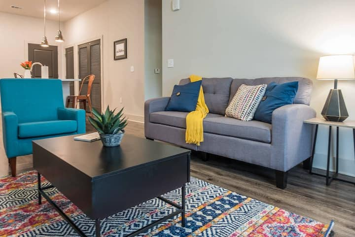 Simple 1BR Apt in Atlantic Station
