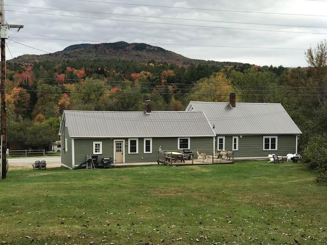 Renovated 1800's Morrisville Farmhouse