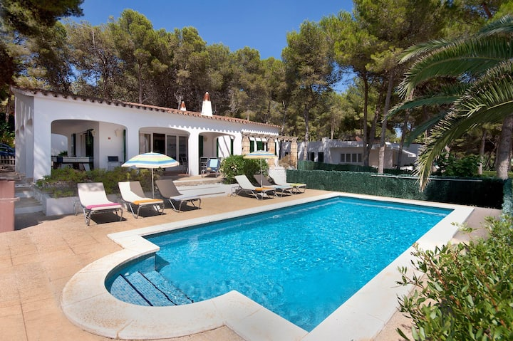 Villa con piscina a 100m de Playa Santo Tomás