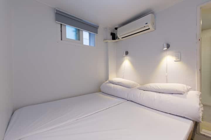Bingo hostel / 提供入境隔離- 301