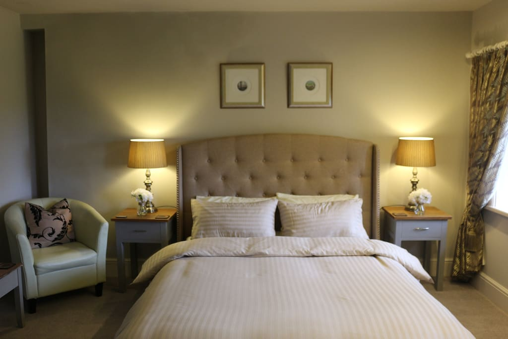 Beautiful King Sized Room with a private anteroom and contemporary ensuite shower room