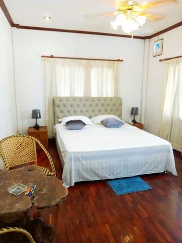 万象别墅二楼客房Vientiane Villa roomquiet in noisy town