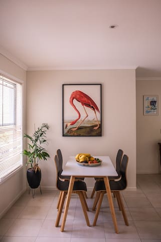 close to the beach, dog kid friendly, holiday