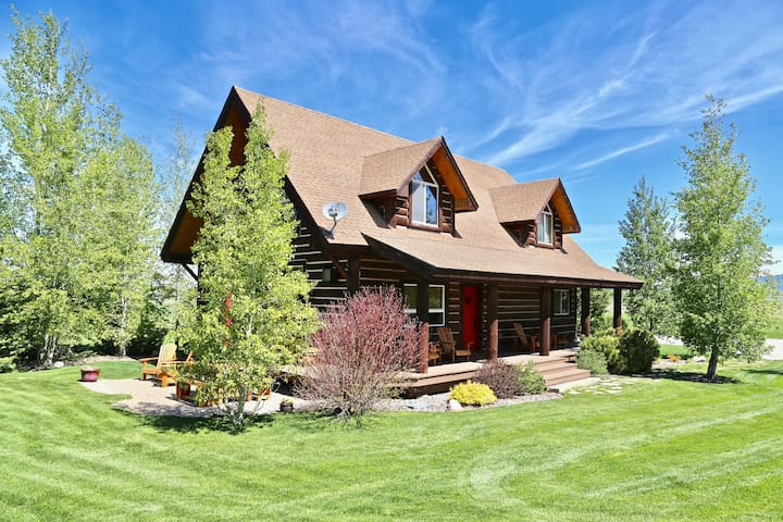 Mustang Meadows with Teton Views!
