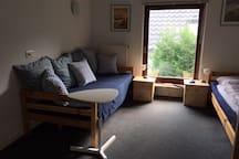 Gemütliches Couchbett zum Chillen