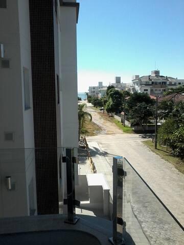Apto praia de palmas - Governador Celso Ramos - Apartment