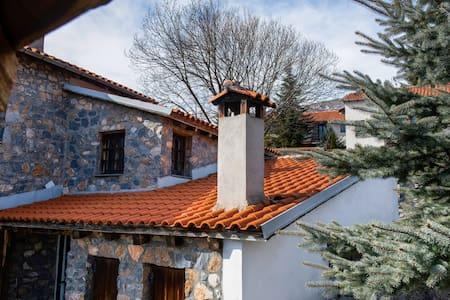 Attirante casa vacanze a Pella con giardino