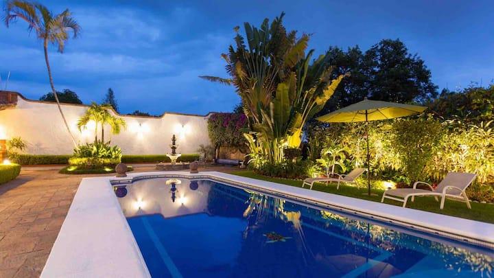 Residencia Jardin Real