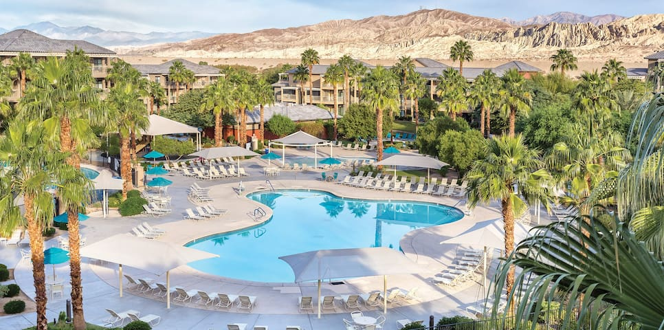 "4 Bedroom 3 Bath Penthouse Indio CA ""PALM SPRINGS"""