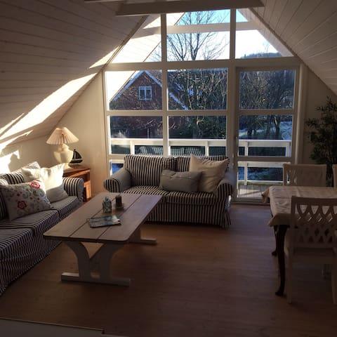 Hyggelig lejlighed med flot udsigt - Frederikshavn - Wohnung