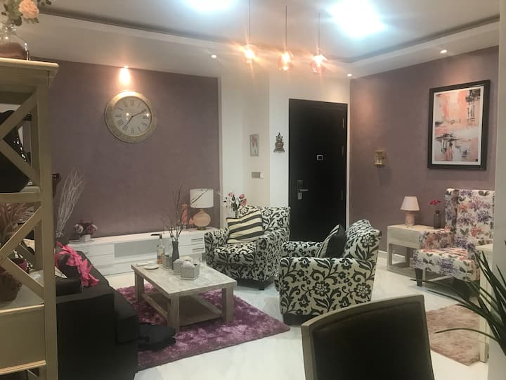 Modern and spacious apartment with all comforts!