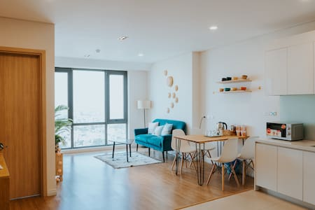 Red Riverview 2BR Mipec Apartment