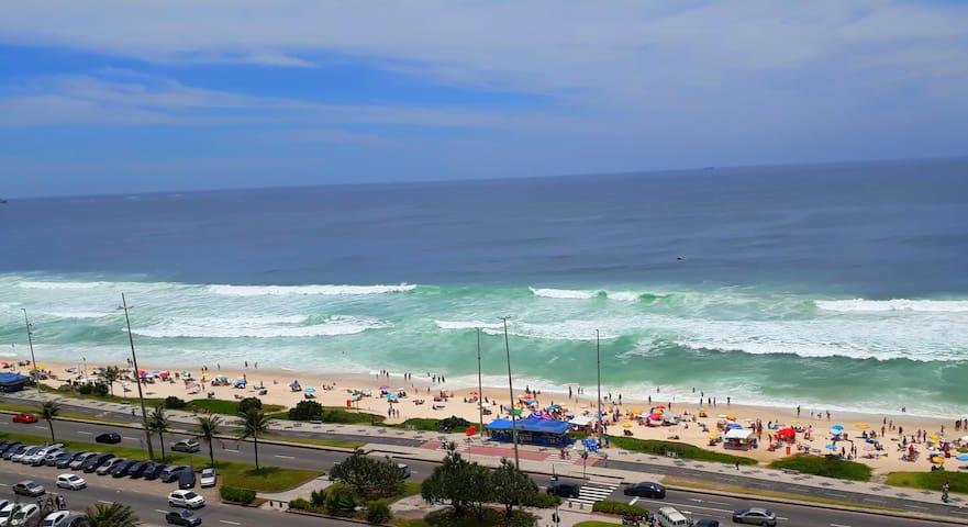 De frente para Praia Barra da Tijuca RJ