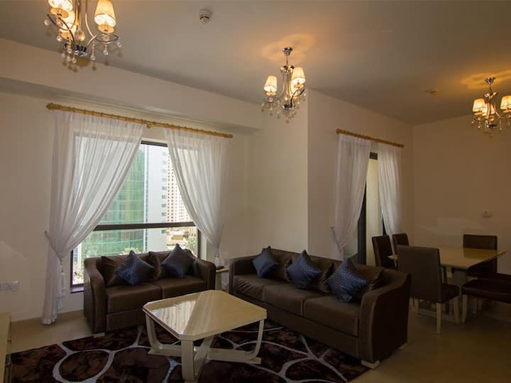 FULLY FURNISHED 1 BEDROOM APPT. IN JBR, DUBAI.