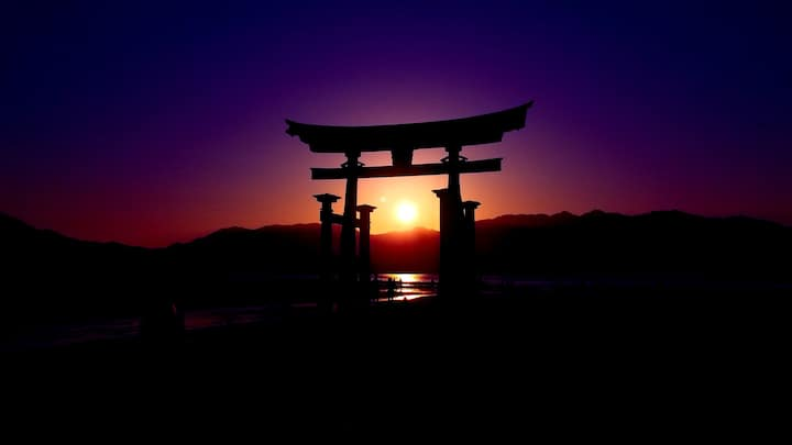 Get the most out of Miyajima with us!