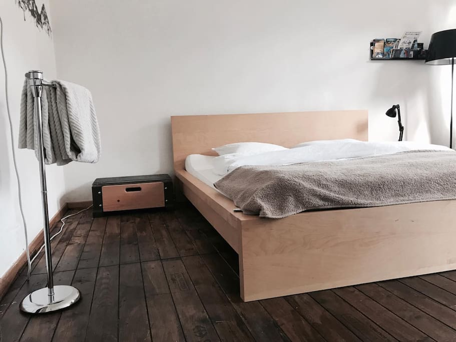 New big 180cm Bed