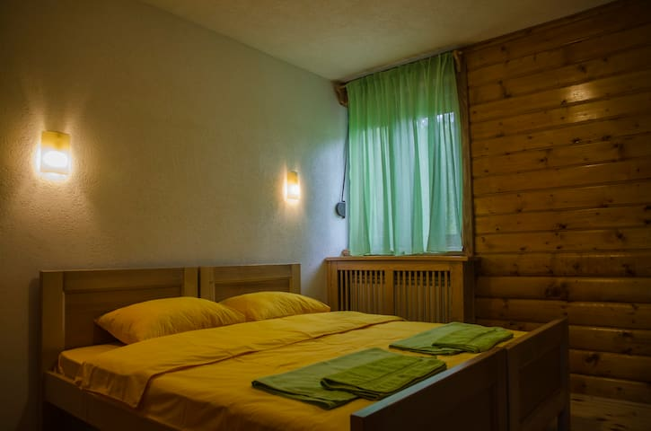 Gacka - Double Room with a Lovely View - Mojkovac - Bed & Breakfast
