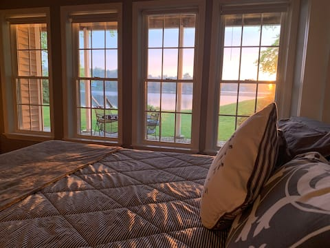 It's better to wake at the Lake  2BR guest suite