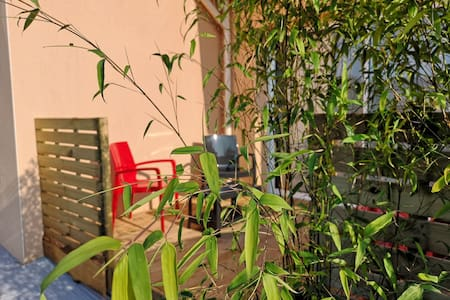 Charmant Duplex tout équipé avec terrasse