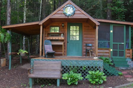 The Cove Camping Cottage - Hendersonville - Cabaña