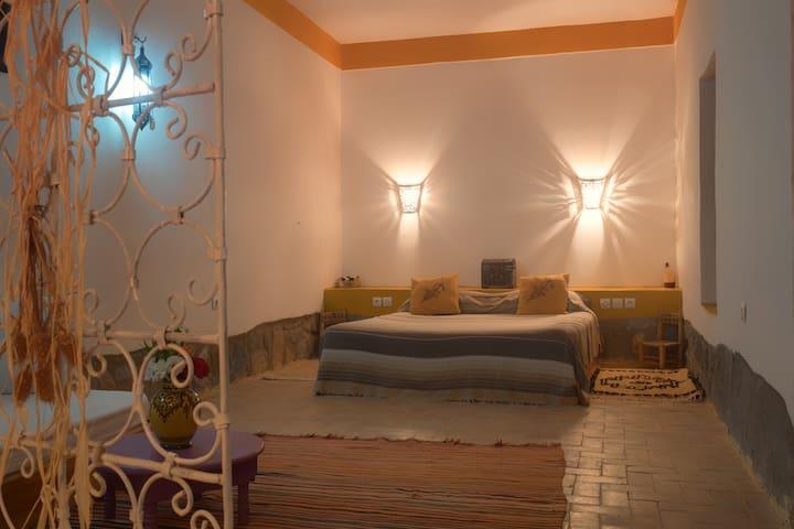 Maison d´hôtes Sel d´Ailleurs - Marrakesh-Tensift-El Haouz - Wikt i opierunek