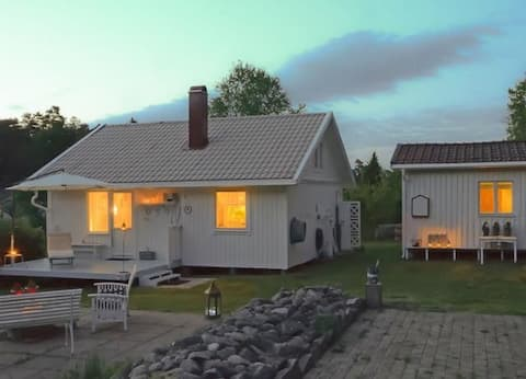 Idyllisk hytte til leie i Strömstad