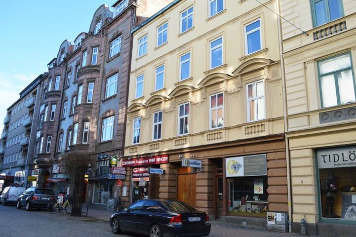 share apartment in heart of karlskrona