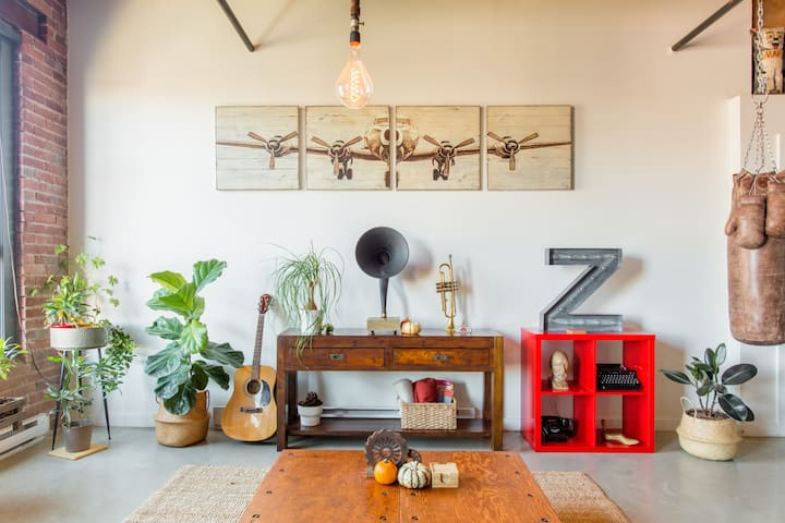 Vintage Guest Loft in Converted Warehouse