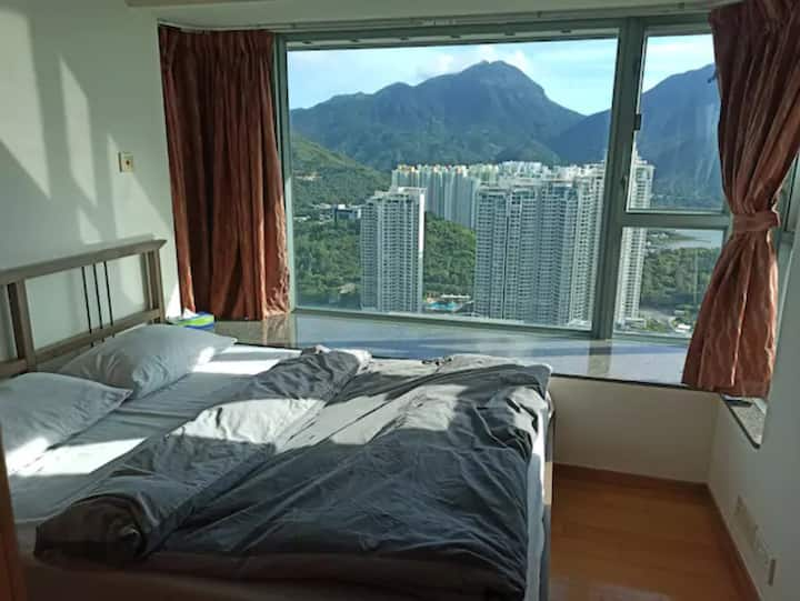 2BR Apartment with Superb views