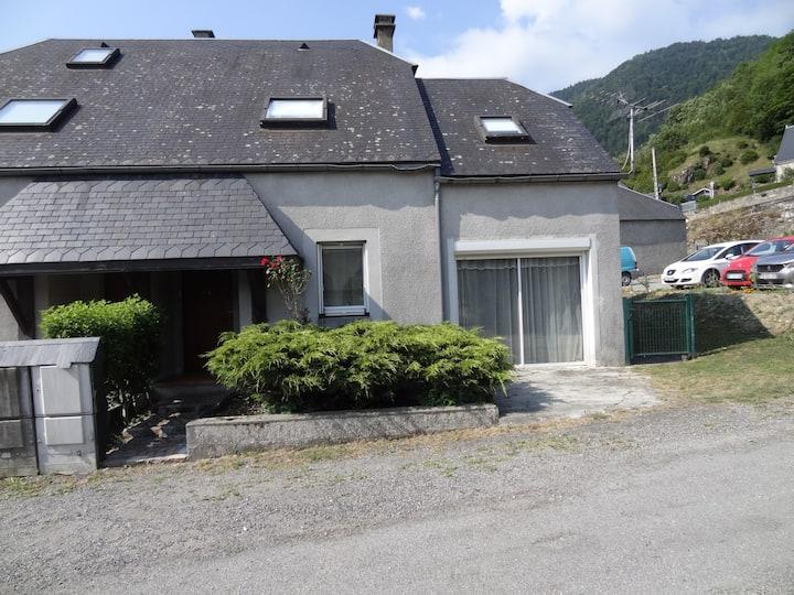 Maison en vallée d'Aure avec jardin privatif