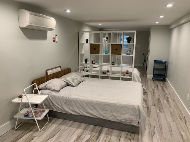Beautiful studio for 4 person in the heart of BK