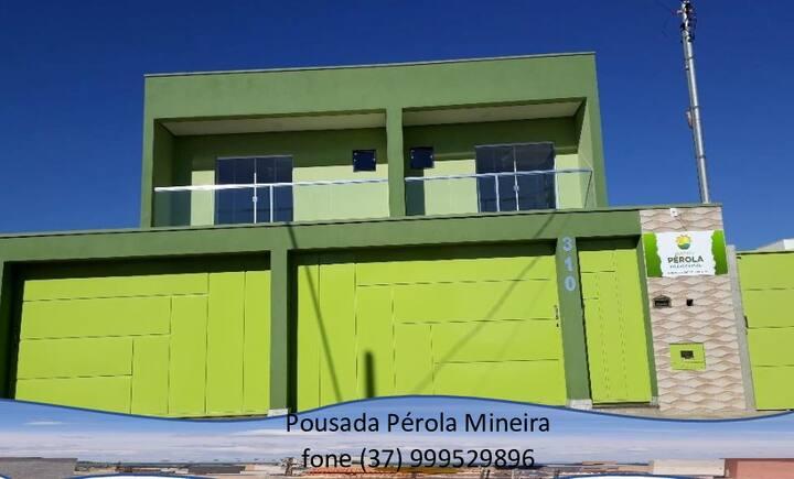 Pousada Pérola Mineira completa acomoda 27 pessoas