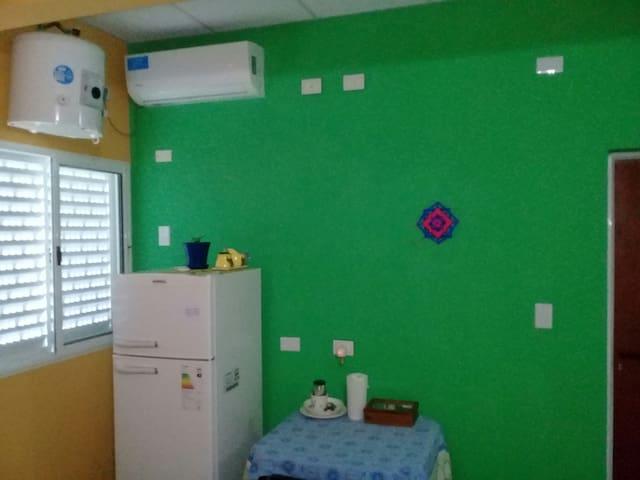 Alojamiento LOS OSITOS (Monoambiente c/servicios).