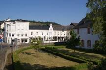Villa-Cues