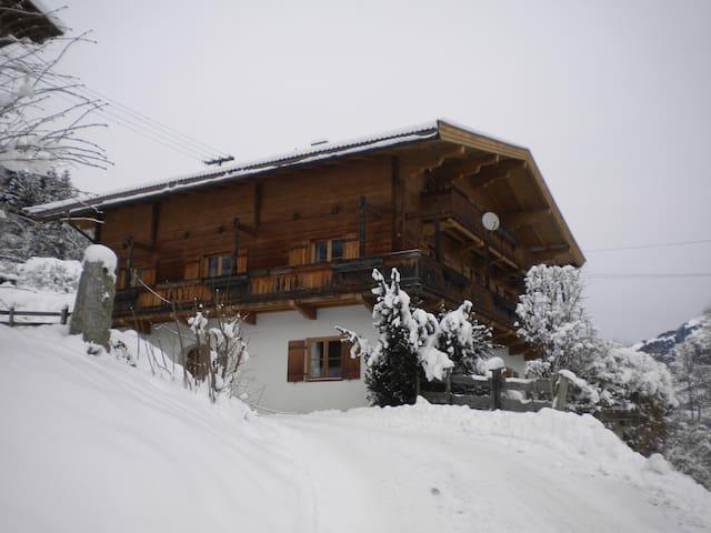 5Schlafzimmer Ferienhaus in Aurach/ - Aurach bei Kitzbühel - บ้าน